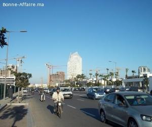 2 Magasins à Vendre sur un Grand Boulevard, CASABLANCA.