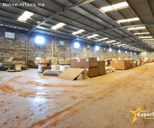 A louer — Bâtiments de production/stockage 2.500 m²/7.500 m²