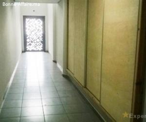 A louer — Bureaux de 91 m² à 186 m² en plateaux de 400 m² —