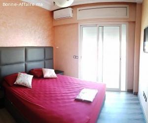 appartement agréablement meublé .