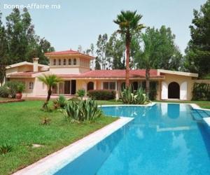 Belle villa — 400 m² dans jardin de 4.000 m²