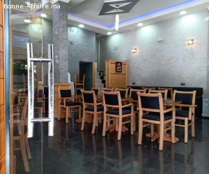 Café coin de 125 m² à Bernoussi