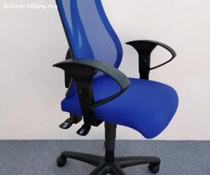 Chaise à Roulette bleu promo accoudoir réglable