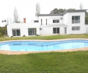 Jolie villa en location à Rabat souissi