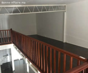 local commercial 50 m² avec mezzanine à guéliz