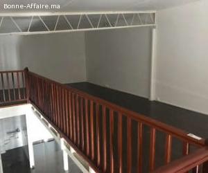 local commercial avec mezzanine  en location à guéliz