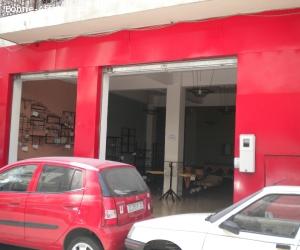 Local commercial dans rue commerçante plein Maarif.
