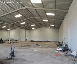 Local industriel rénové de 900 m² sur terrain 2.000 m²