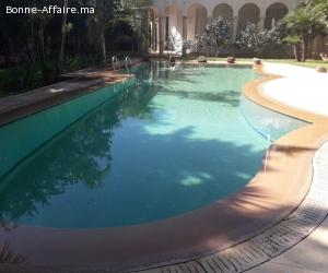 Location d'une jolie villa vide à souissi, Rabat