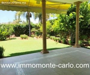 Location une villa de standing avec piscine à  Souissi