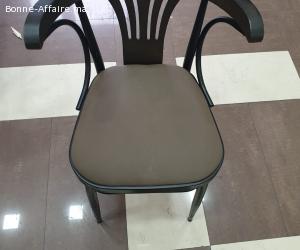 Lot de Chaises et Tables pour Cafe et restaurants