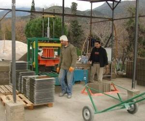 Machine parpaing fabrication des blocs béton