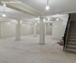 magasin en location 400m² à quartier industriel
