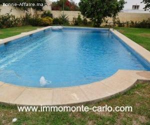 Magnifique villa avec piscine et chauffage à souissi