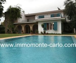 Superbe villa avec piscine à louer au quartier  Souissi Raba