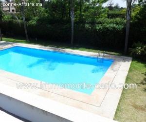 Superbe villa avec piscine et chauffage centrale à Souissi
