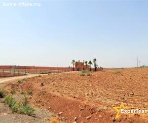 Terrain à vocation résidentielle – 7.450 m² Marrakech-Ourika