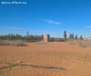 Terrain titré à route amezmiz 15 km de Marrakech