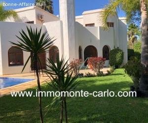 Très belle villa avec piscine à  louer à Hay Riad