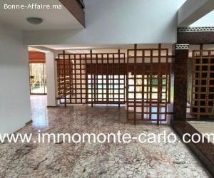 Très jolie villa d'architecte avec piscine à souissi Rabat