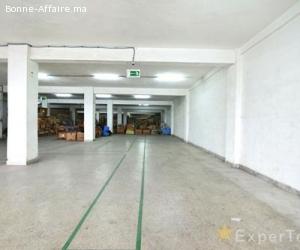 Usine de deux étages de 1880m2 à Hay Moulay Rachid