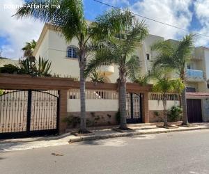 Villa 340M2 à VILLAGE PILOTE