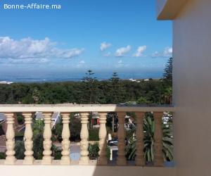 villa 9 pièces 450m² ensoleillée vue sur mer avec piscine