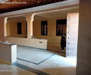 villa bail commercial à targa
