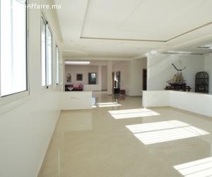 Villa de 400 m² à Tit Mellil