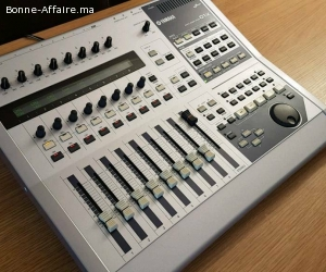 Yamaha 01x Table Mixage / Carte Son 96Mhz Firewire